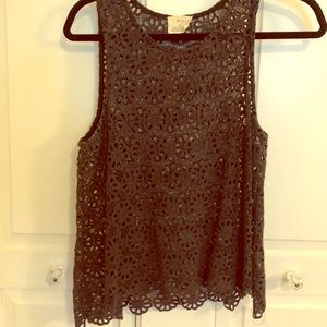 Cute crocheted tank - perfect festival look!